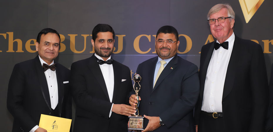 UOWD Alumnus receives prestigious Burj CEO Award