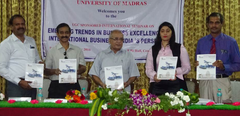 UOWD academic delivers keynote speech at International Seminar in India